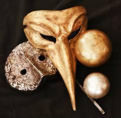 Venziainsche Masken und Kugel